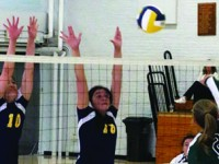 Volleyball Sweeps Double Header, Advances to 3-0 Record