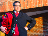 In addition to his work at Choate, science teacher Mr. Deron Chang is passionate about reviewing crossover bags.