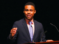 Outgoing Student Council President Mpilo Norris '18 address the Choate community.